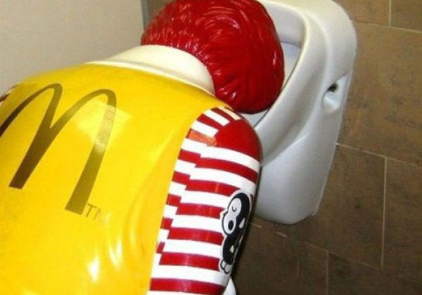 Difficult-Life-of-Ronald-McDonald-31-pics-1