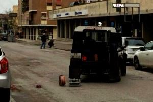 pacco-bomba-banca-etruria-1024x768-300x300