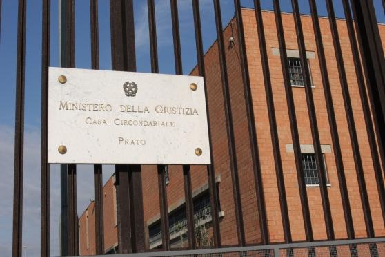 Rivolta nel carcere della Dogaia di Prato