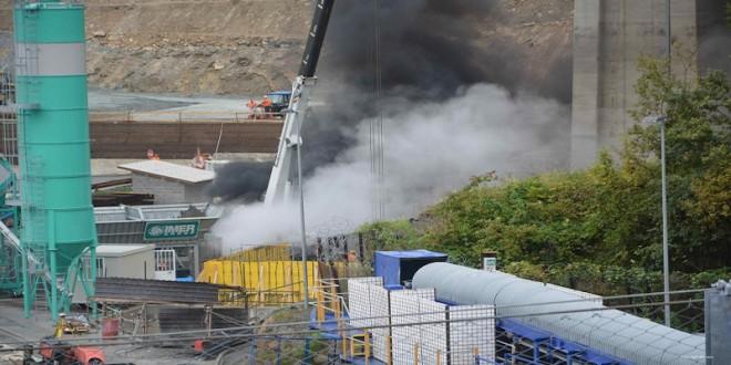 Cantiere Tav: gru si da fuoco per non essere complice della devastazione
