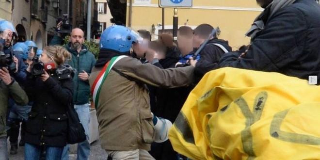Brescia: solidarietà dai comitati no tav della Valle di Susa