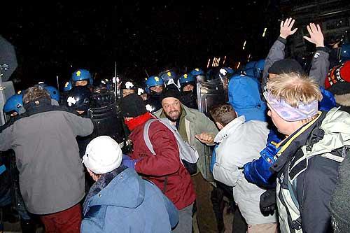 6 dicembre 2005. Attacco alla Libera Repubblica di Venaus