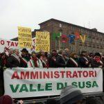 01-amministratori-no-tav-in-piazza-castello