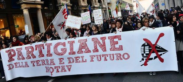 8 Marzo, giornata di sciopero internazionale delle donne in Valle di Susa!